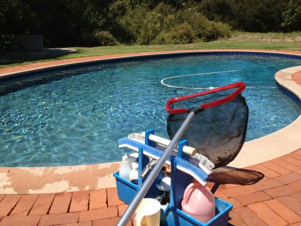 pool cleaning and services business